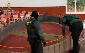 La Guardia Civil investiga a 23 personas por la celebración clandestina de peleas de gallos en Montijo
