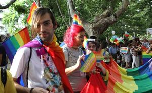 El SES asume el protocolo de atención a las personas transexuales