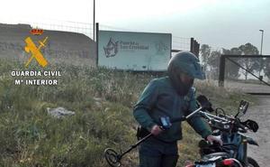 Sorprenden a un vecino de Badajoz excavando en el fuerte de San Cristóbal