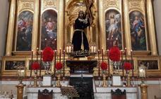 Villanueva acoge la procesión del 'traslado' del Nazareno