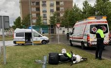 Herido un motorista de 22 años tras caerse en Badajoz