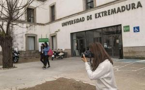 La UEx apuesta por el grado de Periodismo