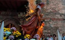 La procesión conjunta de las parroquias jaraiceñas, hoy