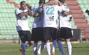 El Mérida, pensando más en el playoff que en el título