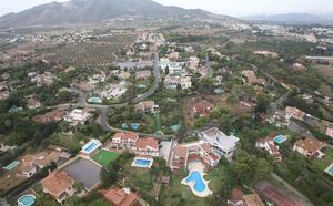 El Catastro detecta 3.000 piscinas en la región que no habían sido declaradas
