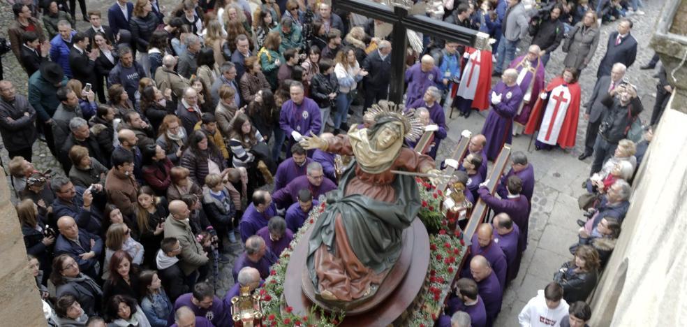 La Sagrada Cena cacereña no se olvida de Valentín