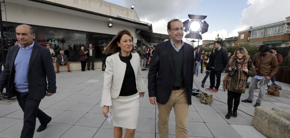 El PP se pone en manos de Mateos para intentar retener la alcaldía de Cáceres
