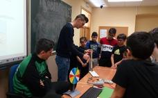 300 escolares han visitado ya Forexpo, que ha decidido ampliar su calendario