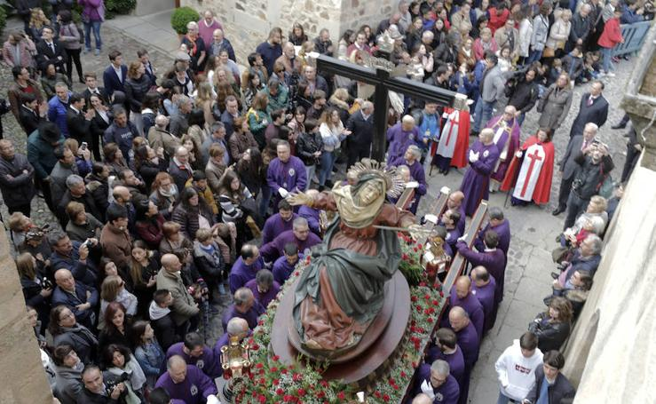 Jueves Santo en Cáceres: Cofradía de la Vera Cruz