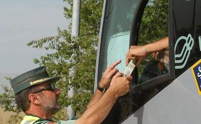 El conductor de un autobús con 20 pasajeros con destino a Plasencia da positivo en alcoholemia