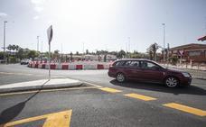 La glorieta de Héroes de Baler en Cáceres retoma los trabajos tras el parón