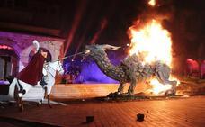 San Jorge se cita con el dragón en la batalla más festiva en Cáceres