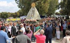 Centenares de casareños disfrutan de la romería en honor a su patrona