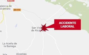 Un trabajador resulta herido muy grave tras caer de 4 metros de altura en San Vicente de Alcántara