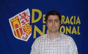 El candidato de Vox en Badajoz se ha presentado en cinco ocasiones con Democracia Nacional
