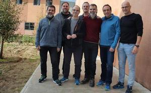 Los nueve presos del 'procés' tramitan su voto por correo