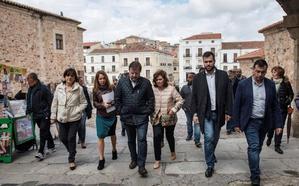Calvo critica en Cáceres al PP y Cs por no sostener la derecha en un espacio democrático