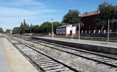 Adif invierte once millones para la renovación de 17 kilómetros del trayecto entre Usagre y Llerena