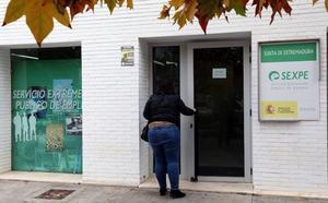 El paro baja en 2.200 personas en el primer trimestre del año en Extremadura