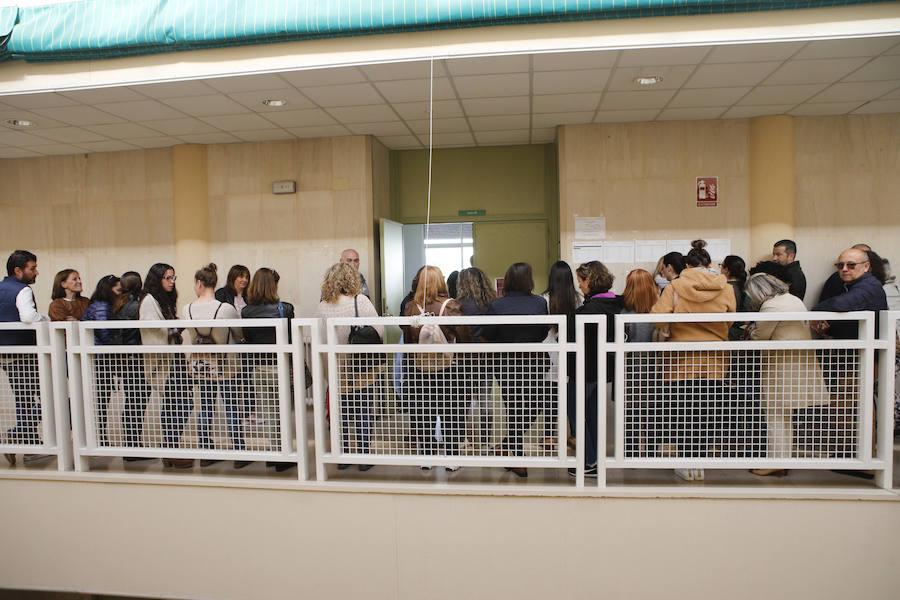Más de 5.850 opositores acuden a las pruebas de auxiliar de Enfermería