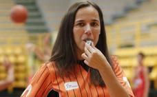 La cacereña Esperanza Mendoza arbitrará en el Europeo