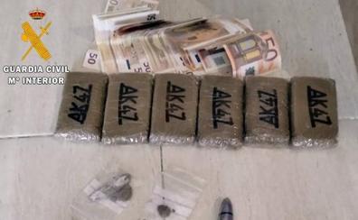 Detenido con más de medio kilo de droga cuando se le investigaba por un hurto en Jerez