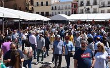Miles de visitantes en la primera jornada de la Feria del Queso