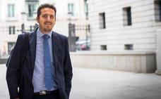 El PP cree que el PSOE ha patinado al querer poner a Vadillo como candidato