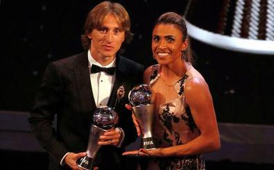 'The Best' añade dos nuevos galardones al fútbol femenino