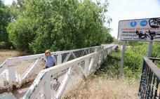El Ayuntamiento de Mérida mejorará la pasarela que une la calle Anas con la Isla