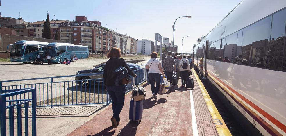 Renfe dará prioridad a la región para la llegada de nuevos trenes híbridos