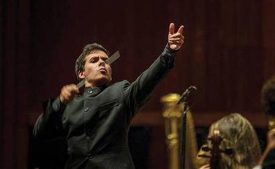El director portugués Nuno Coelho debuta con la Orquesta de Extremadura