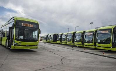 Los nuevos autobuses eléctricos urbanos de Badajoz comienzan a circular por la ciudad