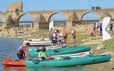 'Aventuras Acuáticas en Alqueva' vuelve con vela, kayak y el descenso del Guadiana