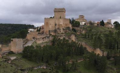 Alarcón, fortaleza medieval a orillas del río Júcar