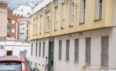 Los vecinos de San Roque denuncian otro edificio okupado en su barrio