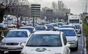 Seis de cada diez pacenses usan su coche para ir cada día al trabajo