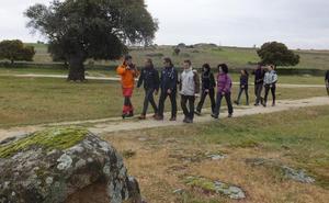 Finaliza el programa de senderismo del Casar de Cáceres y se abre el plazo para la ruta de BTT