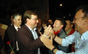 El PSOE vencería en las autonómicas pero no alcanzaría la mayoría absoluta