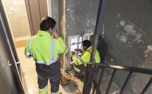 Los pisos sociales seguirán teniendo agua en Cáceres aunque los inquilinos no paguen