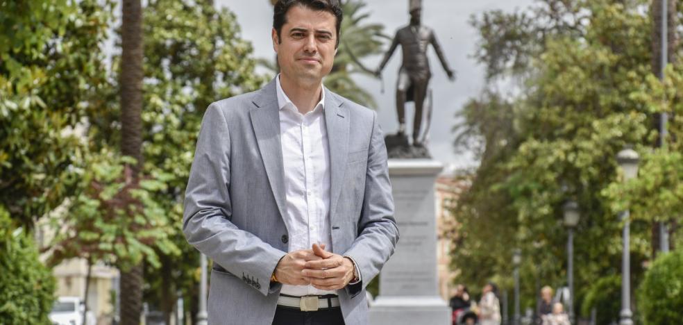 Alejandro Vélez: «Ofreceremos un botón del pánico a las mujeres que se sientan en riesgo»