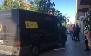 Una mujer fallece al precipitarse desde un sexto piso en Almendralejo