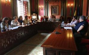 El alcalde vuelve a aclarar la deuda que tiene el Ayuntamiento de Trujillo