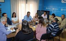 El PP se compromete a hacer accesibles todas las paradas del bus urbano en Cáceres