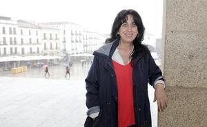 Consolación López: «No vamos a rescindir contratos a las empresas; no estamos locos»