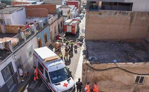 Muere una vecina del barrio pacense de Cerro de Reyes al desplomarse la azotea de su casa