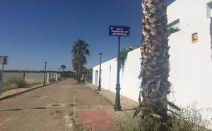 Amordazan a un empresario y a su familia para robarle en una casa de San Marcos en Almendralejo