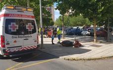 Un niño de siete años herido tras la colisión de un coche y una moto en Badajoz