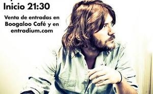 El cantautor y poeta Luis Ramiro regresa a Cáceres
