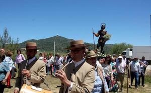 Monesterio da hoy la bienvenida a cuatro días de romería en la pradera del Culebrín